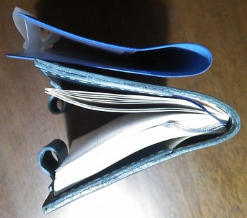 手帳カバー レザークラフト品 厚さ比較